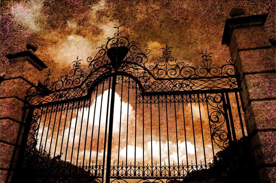 who-is-knocking-on-heavens-door-susanne-van- & October 9 2013- Knocking on Heaven\u0027s Door | Seeds for the Soul