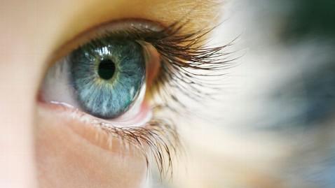 gty_close_up_eyeball_thg_130614_wblog