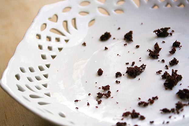 cake-crumbs