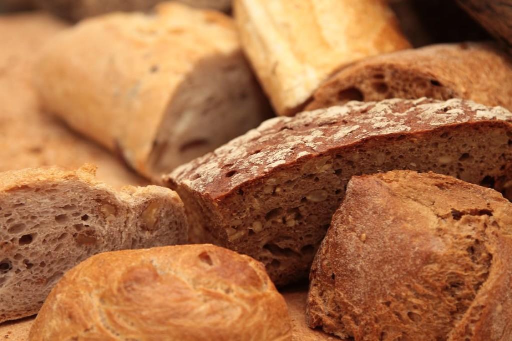 bread-food-healthy-breakfast